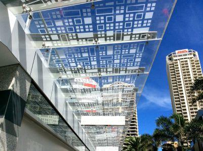 The Mark Hotel 15mm Plexiglass GS Awning