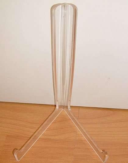 bookstand tripod acrylic 445x414