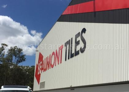 beaumont-tiles-warehouse-signage